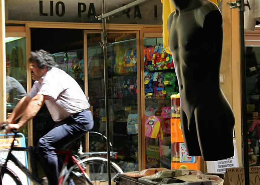 Scorcio del mercato settimanale a Figline Valdarno