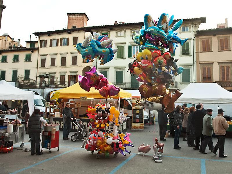 mercato 8 marzo festa della donna