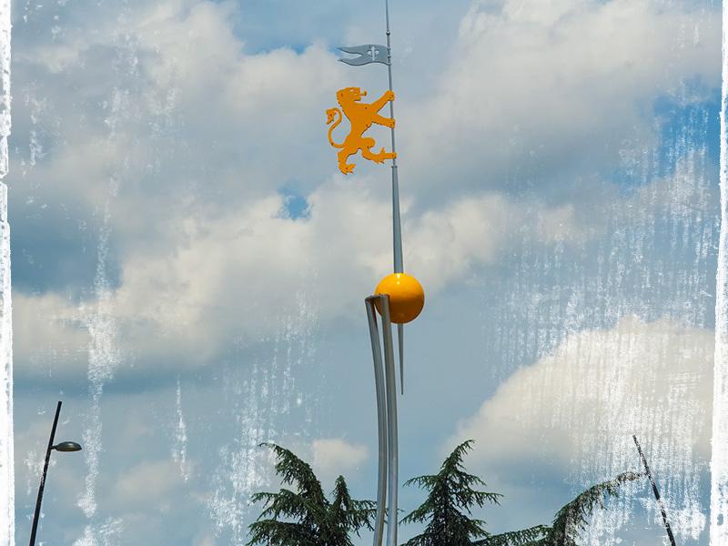 Il monumento all'ingresso a Figline Valdarno  nel centro della nuova rotatoria